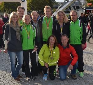 Das Team des TSV Hollstadt beim München-Marathon 2012